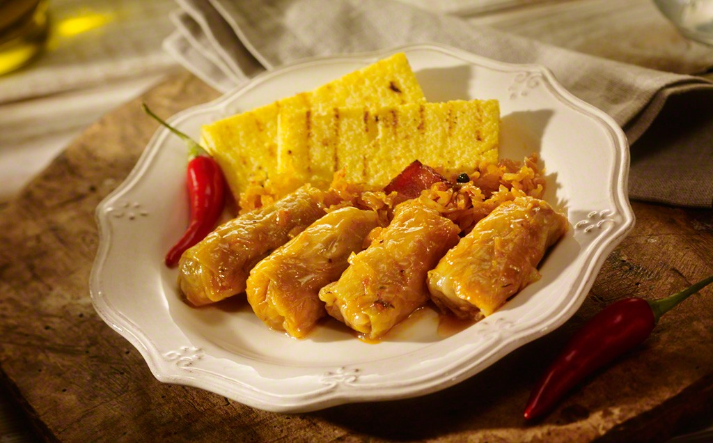 """Sarmale"" are traditionally served with maize polenta"