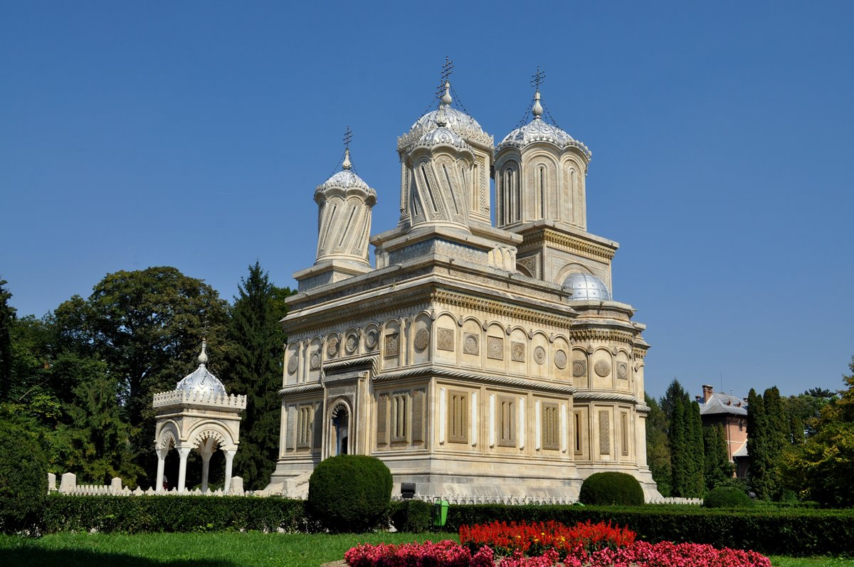 Curtea de Argeș Monastery