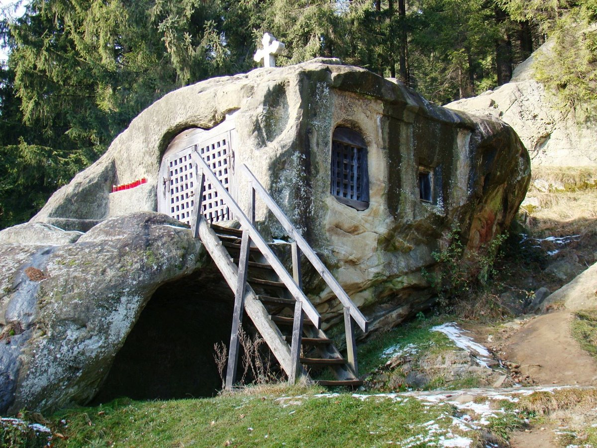 The stone house of Daniel the Hermit